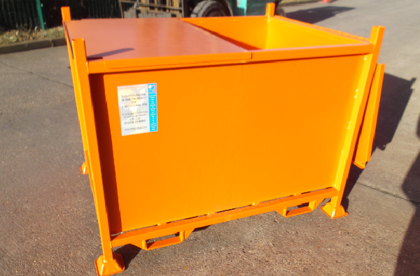 TYPE JJ - Lockable skips for secure destruction at 2 recycling