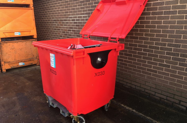 TYPE X - Large plastic wheelie bins for scrap metal recycling